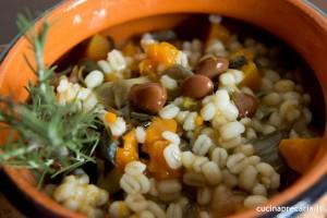 zuppa di orzo zucca e porri