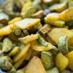 Patate e zucchine al forno profumate alla curcuma