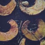 Zucca al forno con rosmarino, aglio e curcuma